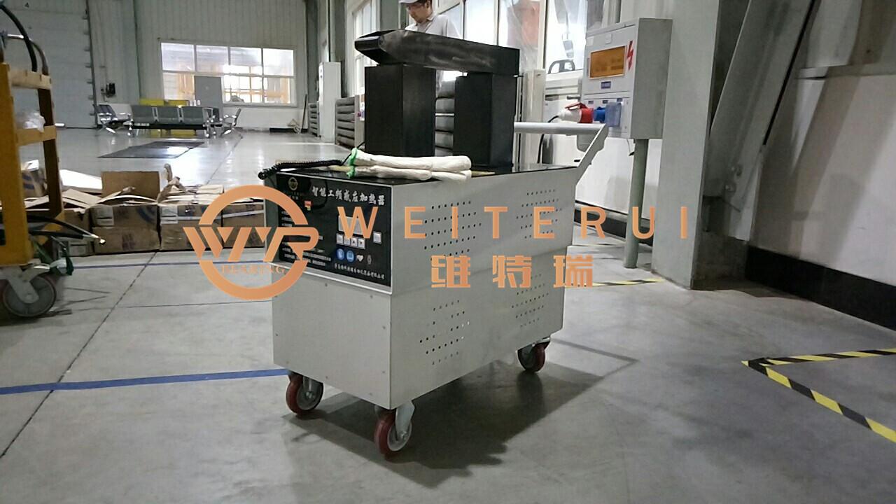 WTR成中车轨道轴承安装工具中的火车头
